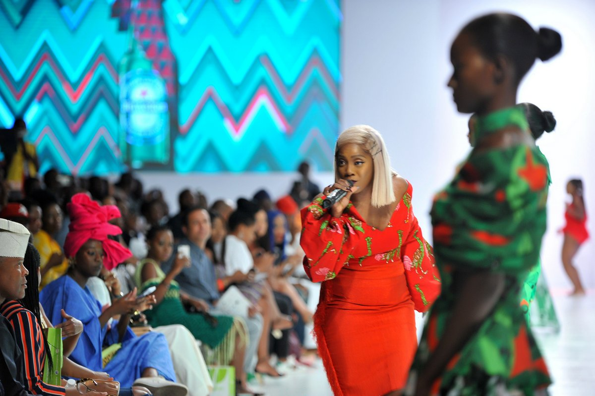 Tiwa Savage performing during the presentaion of the Africa Inspired Fashion by Heineken at the Heineken Lagos Fashion and Design Week 2017 002